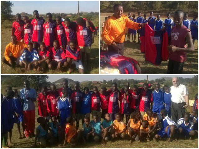 Divise da calcio per i ragazzi d Marsabit